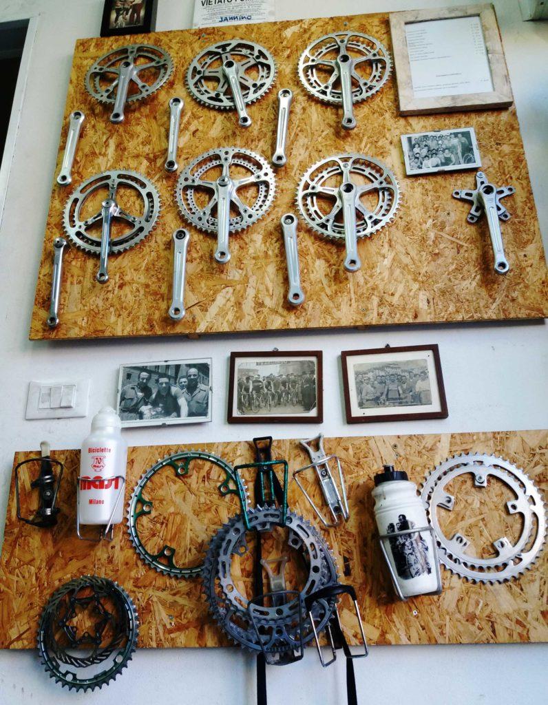 ricambi-componenti-bici-Ciclo-officina-Tredicibici-796x1024