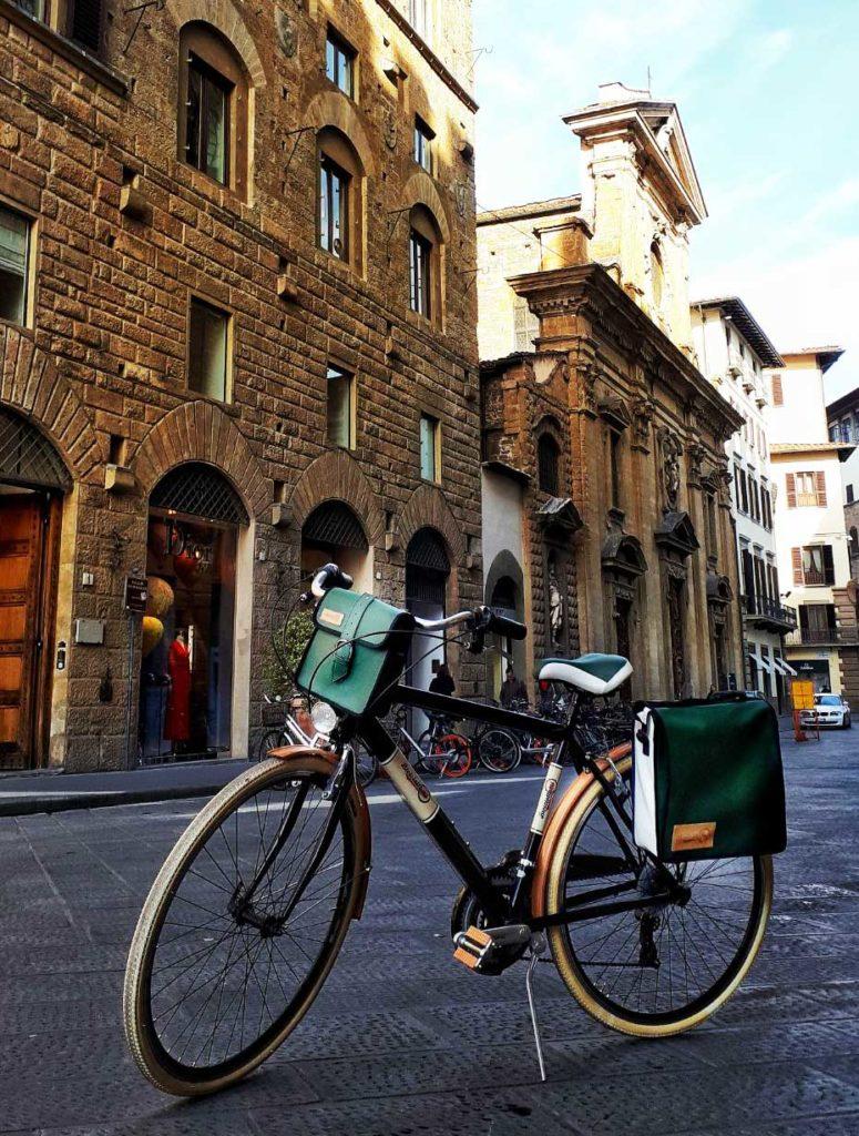 Bici-Biciclettami-parafanghi-e-pedali-Cerchio-Ghisallo-775x1024